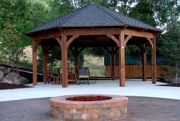 Awesome Enclosed Fire Pit 55 Best Backyard Retreats With Fire Pits Chimineas Fire Pots