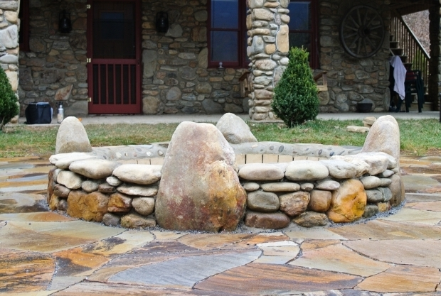 Incredible River Rock Fire Pit Fire Pits Fireplaces Hammerhead Stoneworks Asheville