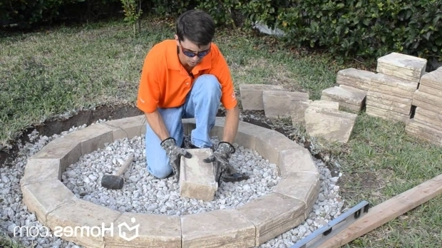 Gorgeous How To Build Your Own Fire Pit Homes Diy Experts Share How To Build An Outdoor Fire Pit Youtube