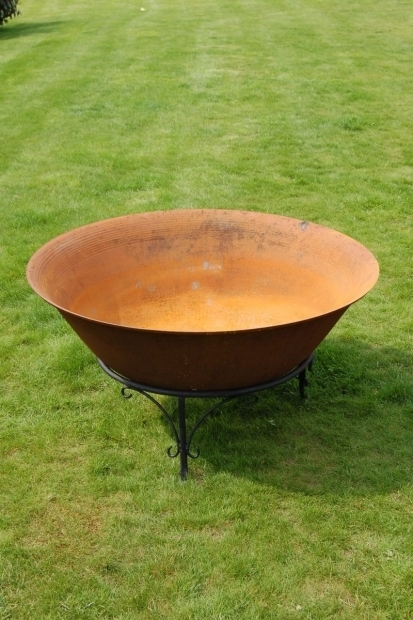 Alluring Cast Iron Fire Pits Inspirations Cast Iron Fire Pit Rectangle Fire Pit Patio Fire