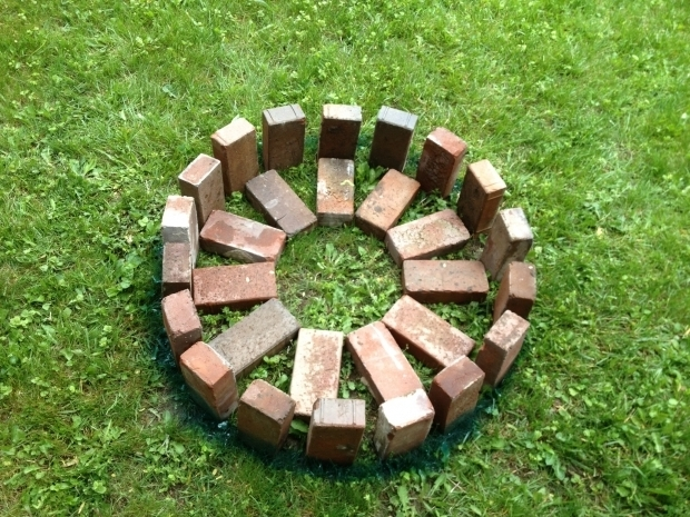 Incredible Diy Brick Fire Pit Step Step Build Your Own Fire Pit The Perfect Garden Hose