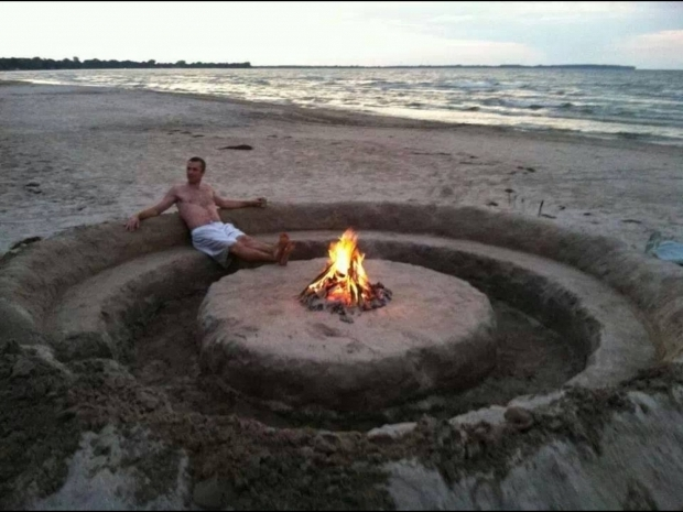 Image of What Beaches Have Fire Pits Oh Yeah Bonfire Couch Pitlove It Summer Nights Pinterest