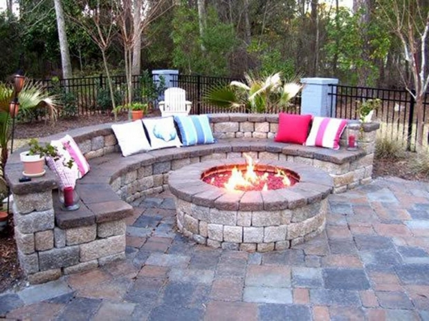 Glass Rock Fire Pit