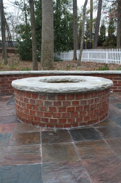 Fire Brick Red : Red brick fire pit ideas