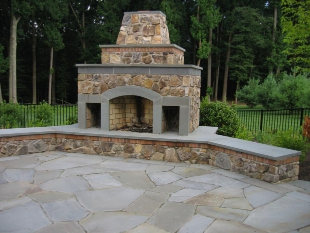 Marvelous Outdoor Fire Pit With Chimney Design Ideas