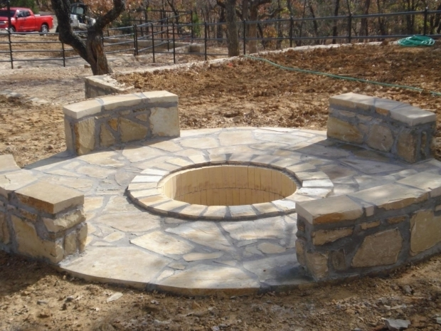 Image of Retaining Wall Block Fire Pit Retaining Wall Blocks Fire Pits And Retaining Walls On Pinterest
